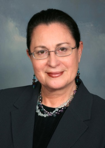 "Dr. Elizabeth ""Betty"" Molina Morgan (Photo: Business Wire)"
