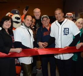 Detroit Hispanic community celebrates inauguration of new Robotics Engineering Center