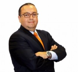 Luis Rosero to accept AHAA award for Toyota as Marketer of the Year