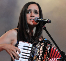 "Julieta Venegas to Perform in ""TERRA LIVE MUSIC IN CONCERT"""